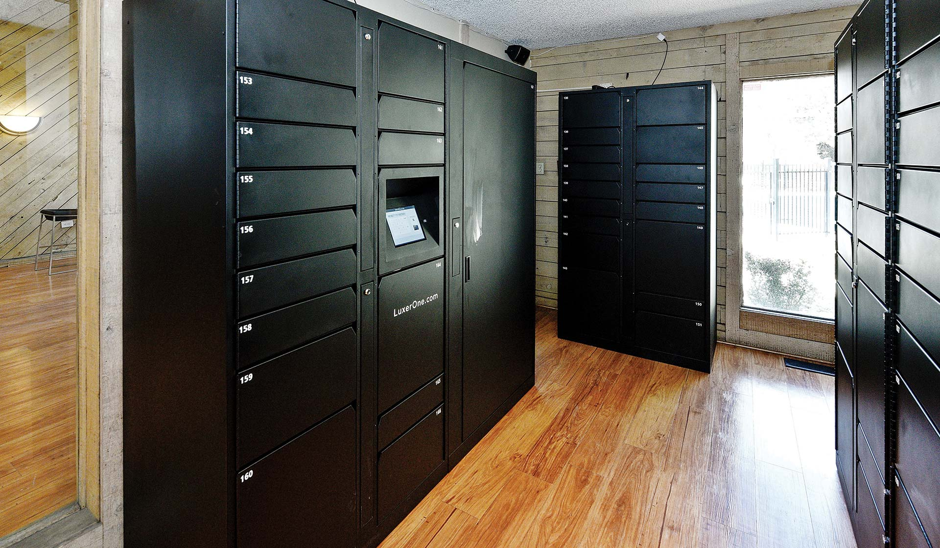 Creekside Apt Homes - Package Lockers